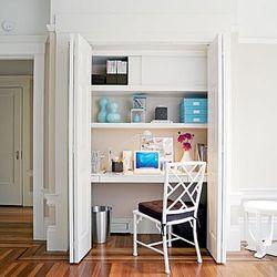 Closet-office